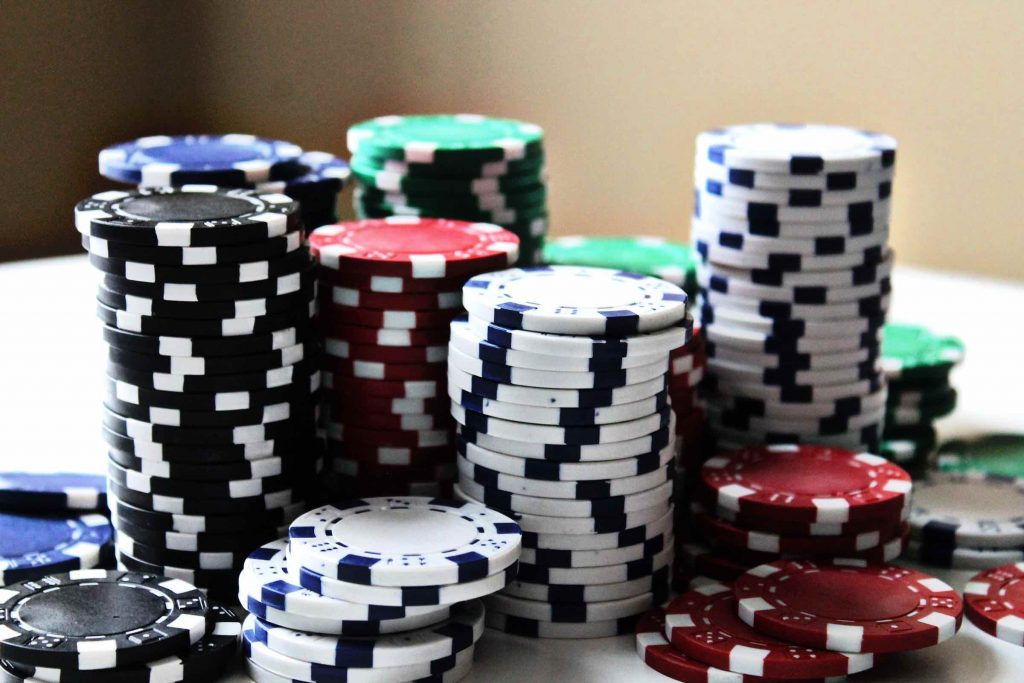 Online Gambling Allows You To Play Games From Your Desktop
